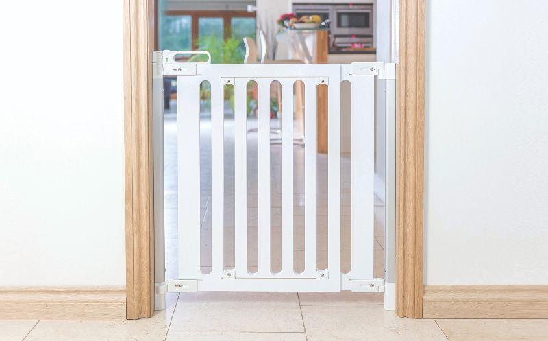 SC500-02-01-01 005 white gate